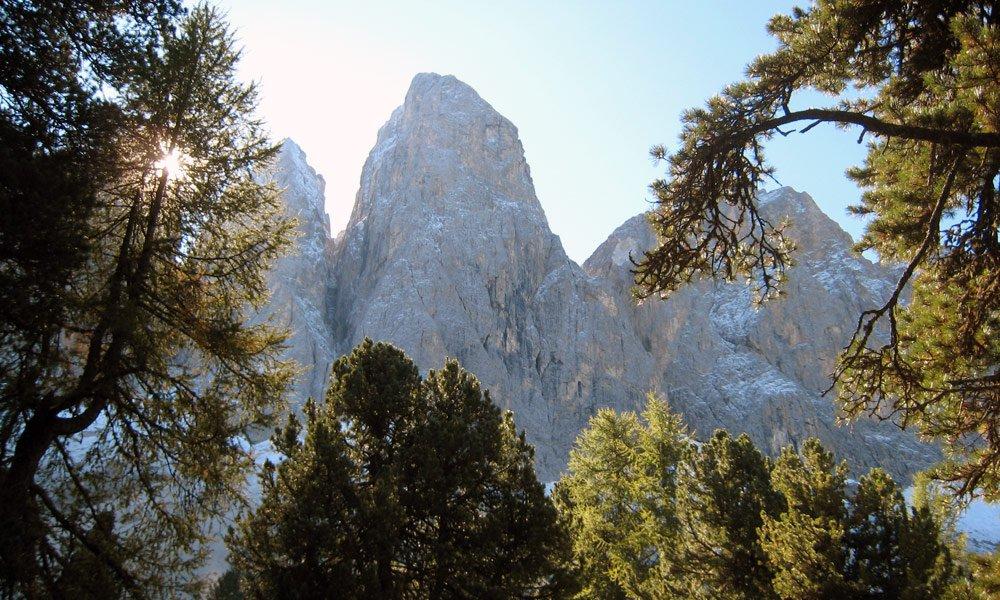 Round tour of the Three Peaks