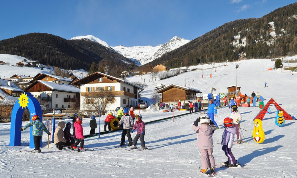 Winter holiday in Pustertal/ Kronplatz: Look forward to tomorrow's snow! Discover a new ski area each day